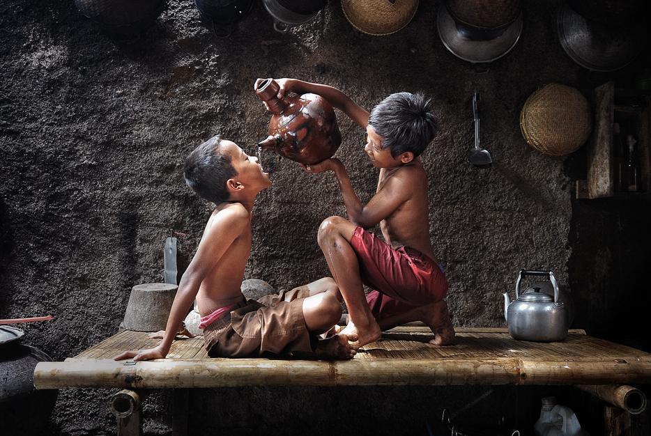 Aider les autres c'est donner le meilleur sens à sa vie dans Aider les autres pour donner le meilleur sens à sa vie 406767_284640391592398_151777384878700_807246_1779773896_n